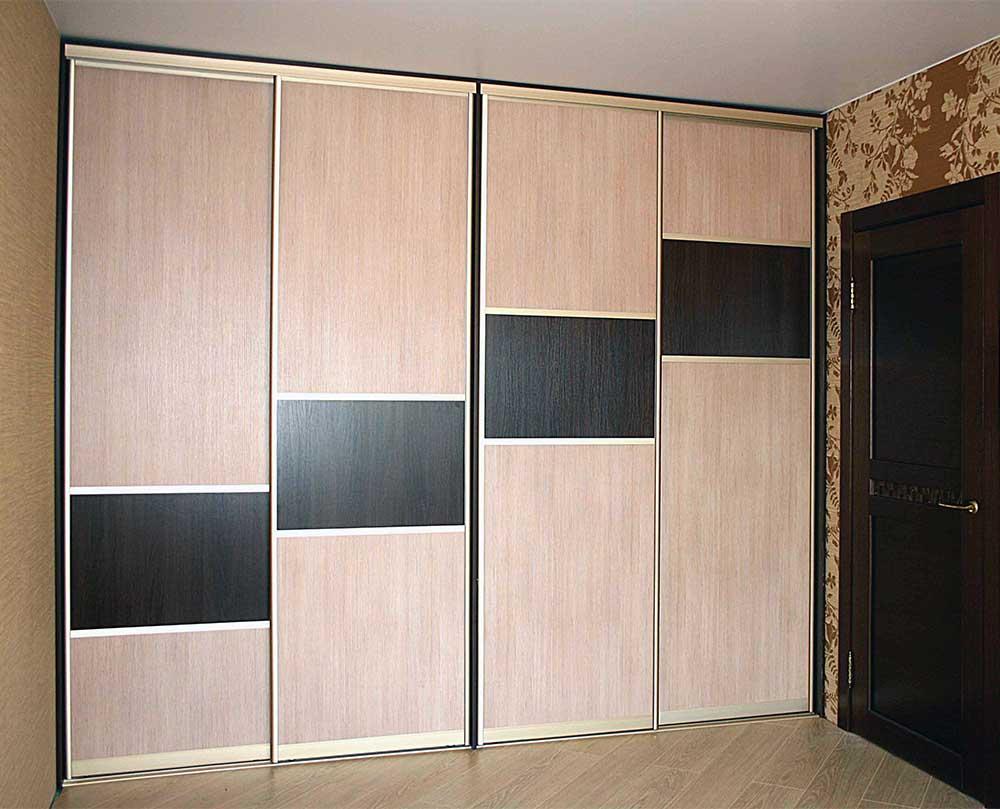 Встроенный шкаф-купе 4 двери